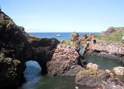 This picture shows that Dunbar Castle was built right over the sea